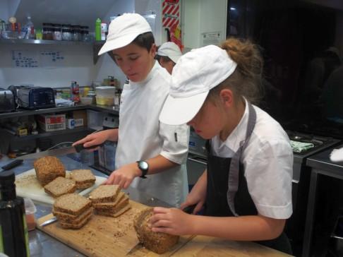 Slicing wholegrain spelt bread