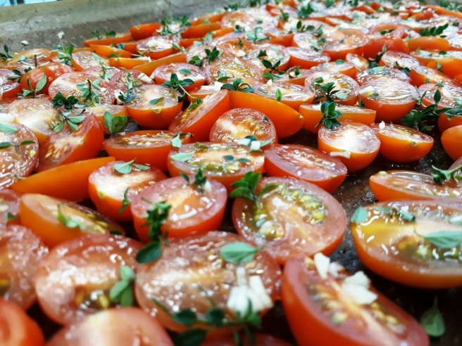 slow roast tomatoes 3