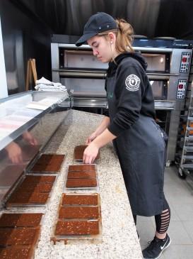 hazelnut carob chocolate bars